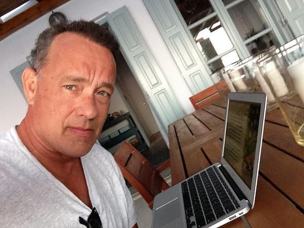 あのトム・ハンクスが開発!タイプライターを再現できるアプリ「Hanx Writer」が話題