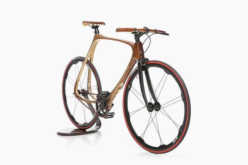 これはもう芸術品!最新とレトロが程よく融合したシブい自転車「carbon wood bike」