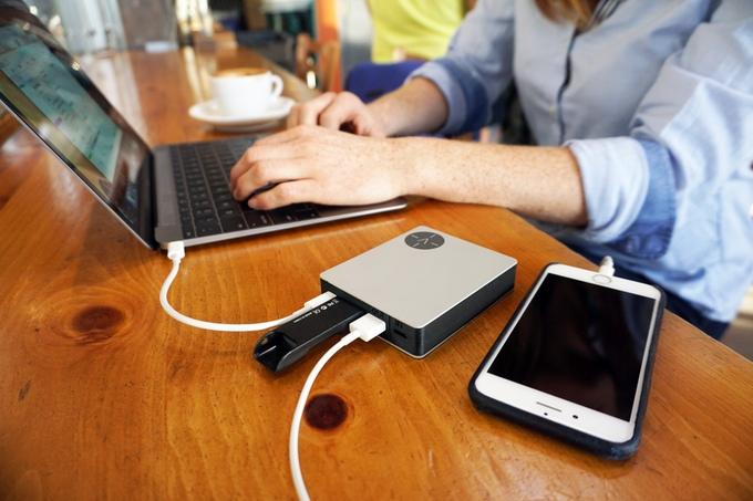 MacBookユーザー必見!USB TypeCポートも備えたモバイルバッテリー「Voltus」が超便利