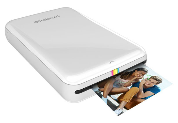 インク不要!スマホで撮影した写真をその場で印刷できる「Polaroid Zip」