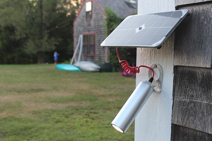 無限のパワー!スマートに太陽エネルギーを活かすソーラー式LEDライト