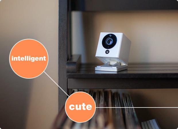 小さいのに機能盛りだくさん!かわいくて賢いホームカメラ「Spot」