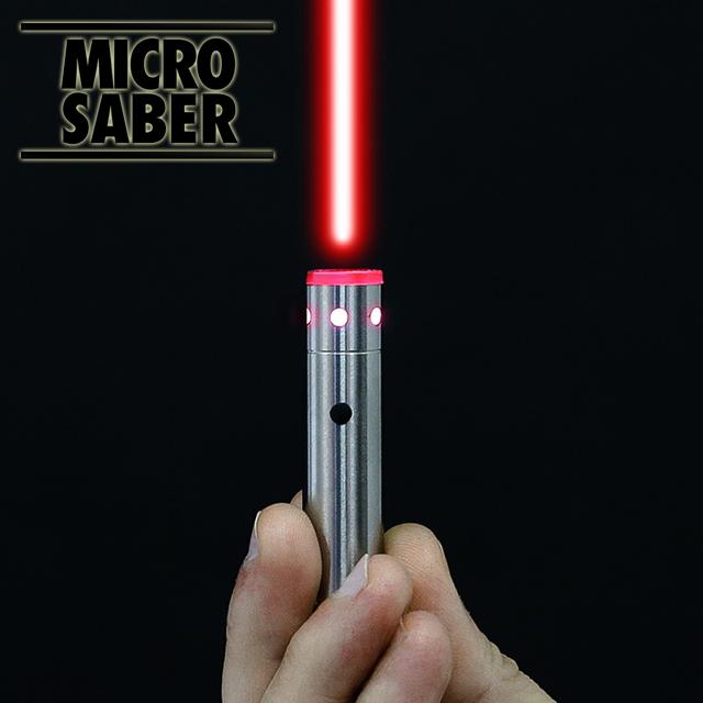 これならいつでも応戦できる?どんなものでもミニライトセーバーに変えてしまう「MicroSaber」