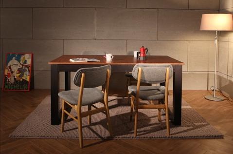 おしゃれで、優しくて、実用的。おすすめ木製テーブル5選