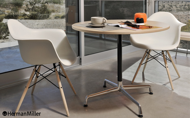 カフェテーブルのイメージ