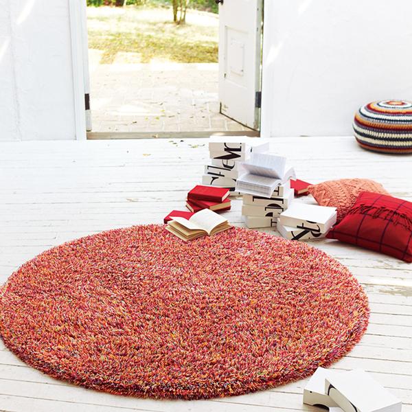 美しい円をお部屋に。円形シャギーラグまとめ