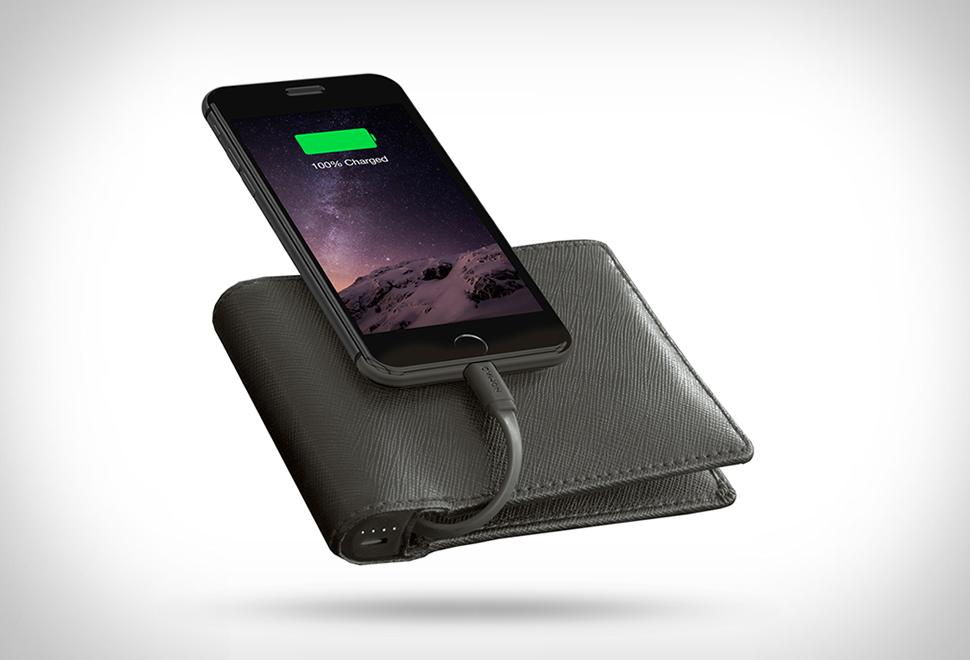 ミニマリスト必見!財布ならiPhoneを充電できるバッテリー内蔵ウォレット「Nomad Wallet」で決まり