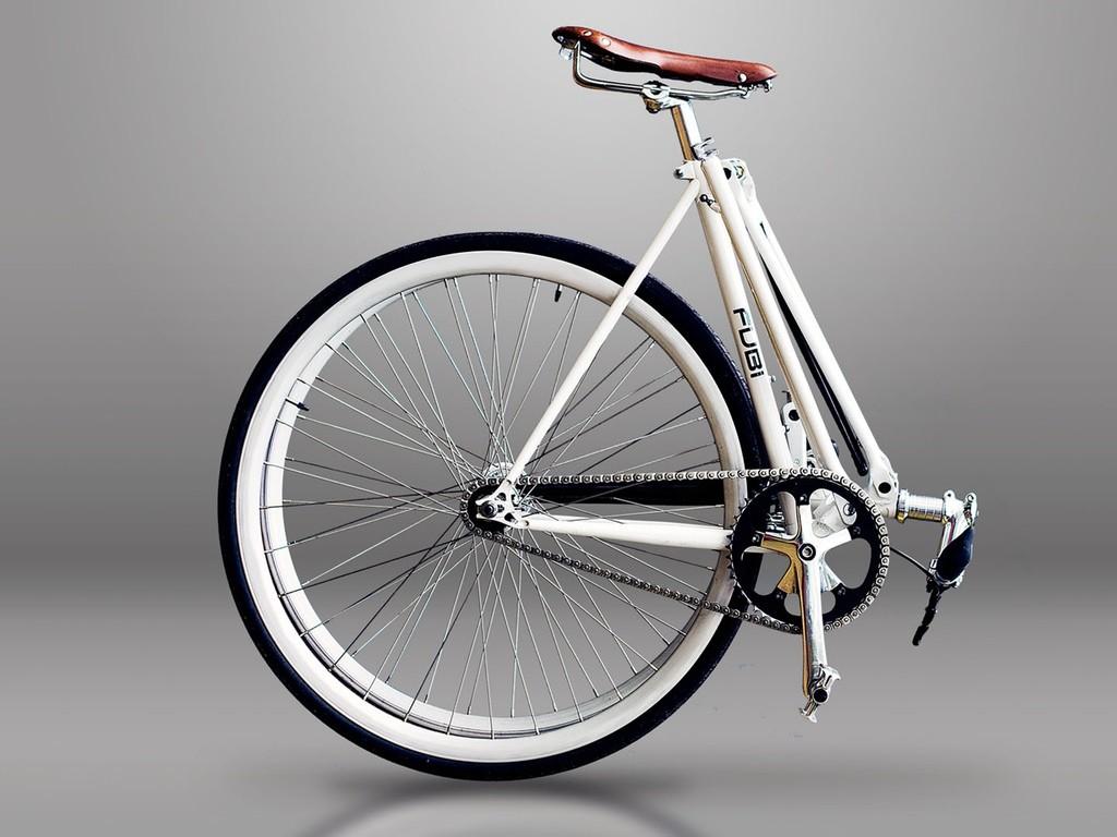 """たったの10秒で展開、収納!""""普通""""のサイズの折りたたみ自転車「FUBi」が大本命"""