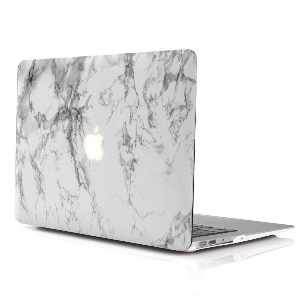 一段上のお気に入りへ。MacBook Air 13インチケースおすすめ7選