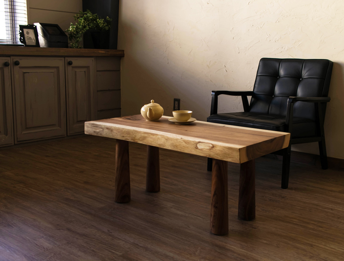 天然木の一枚板テーブルおすすめ7選。木の温もりをあなたの部屋にも