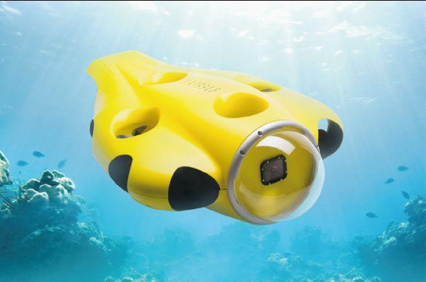 海の中でもついてくる!自動追尾で撮影する水中ドローンで、ダイビングをもっと楽しく