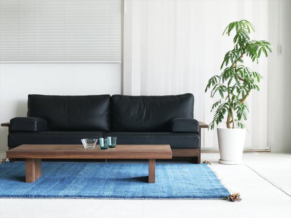 ウォールナット材を使った家具12選。男のインテリアに磨きをかけよう