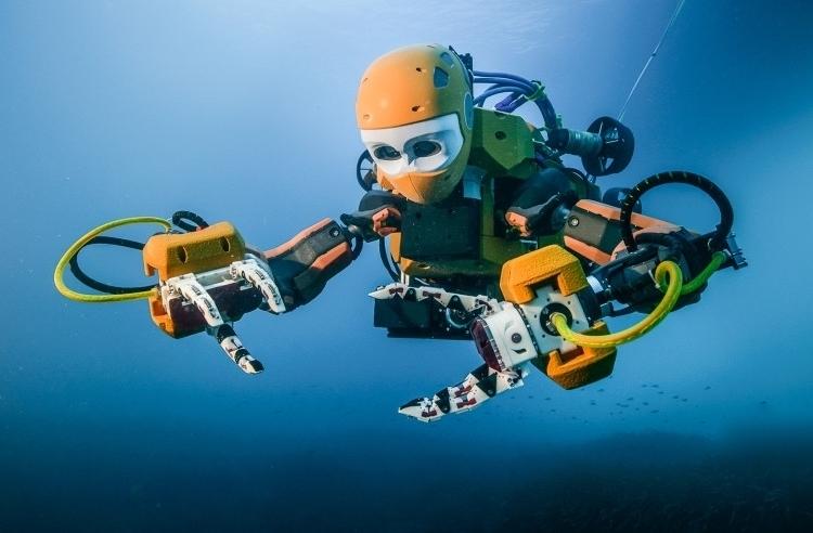 水深100mの危険な仕事もこなす人型ロボット「OceanOne」が頼もしい