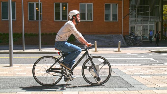わずか60秒!普通の自転車がパワフルな電動自転車に早変わり