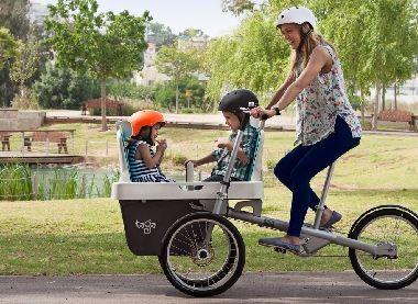 パパママが欲しかった3人乗り!どんな乗り方もできちゃう3輪車が楽しそう