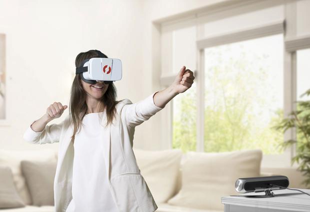 スマホでもハイクオリティなVRを!VRの世界で自由に動き回ろう