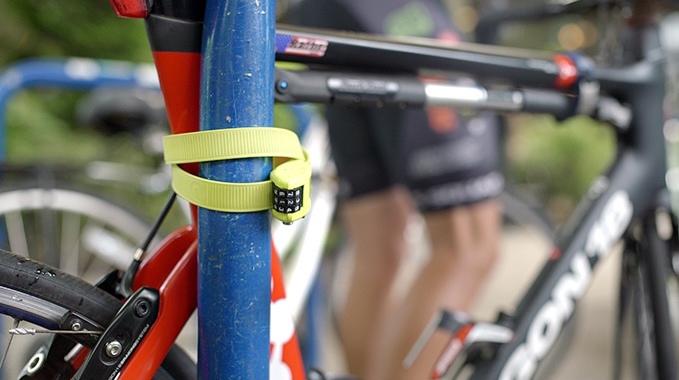 ボルトカッターも歯が立たない!フレキシブルで軽量かつコンパクトな自転車用キーロック