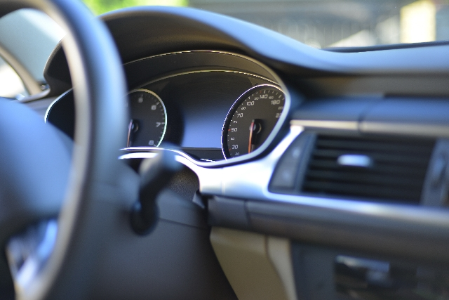 ドライブ旅行に最適な便利グッズ13選。これがあれば長距離も楽しい