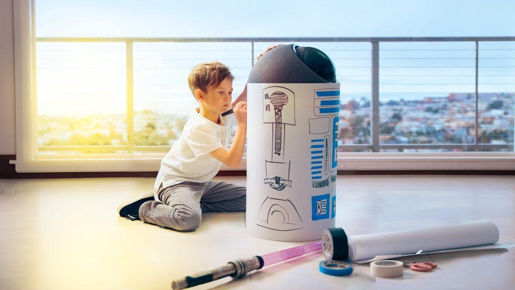 Siri、Alexaよりも頼れる?R2D2似のロボット「BIG-i」で家庭円満