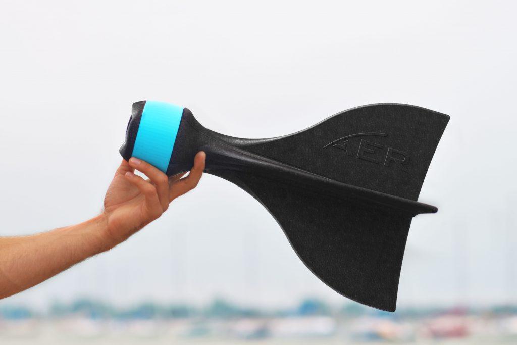 もうドローンは卒業!GoProを投げて空撮できる「AER」が超シンプル