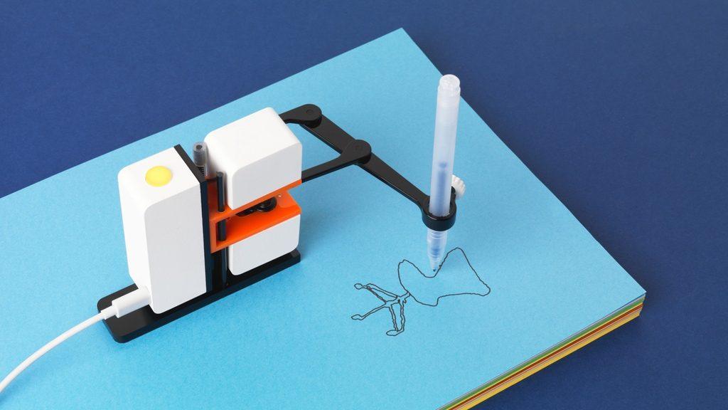 何に使いたい?描いたとおりに再現するお絵かきミニロボットアームで発想力を磨こう