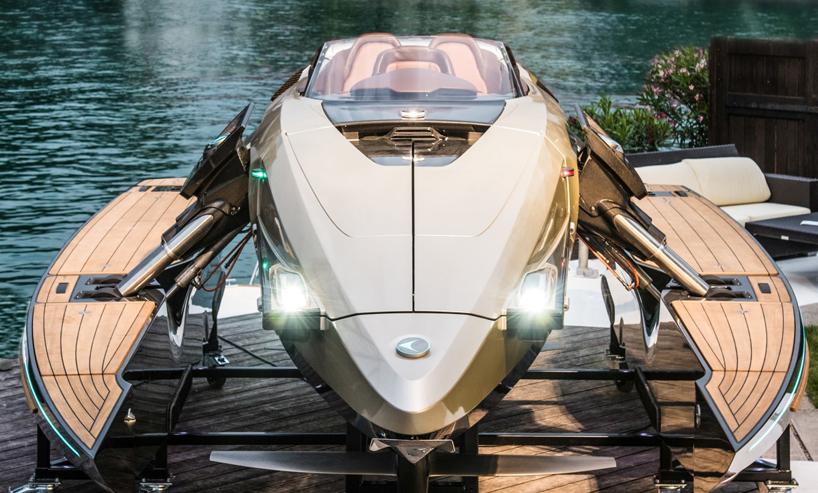 トランスフォーマーすぎる!水中翼船にもなる変幻自在のラグジュアリーボート