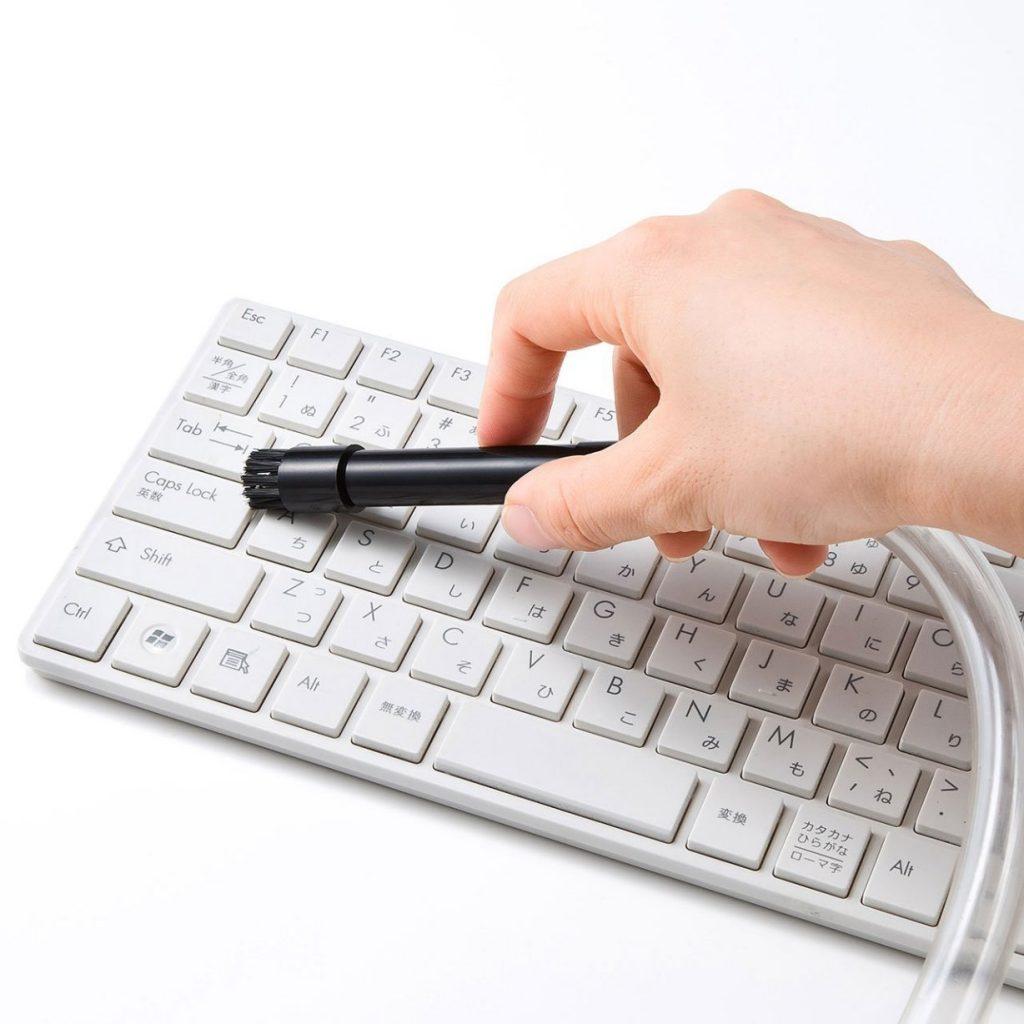 パソコンのキーボードにおすすめする7つの掃除グッズ