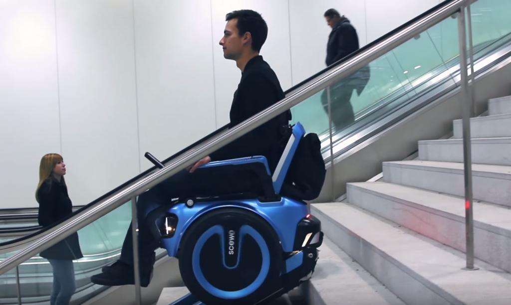 スイスの大学生が開発!階段も段差もスイスイ走行できるセルフバランシング電動車イス
