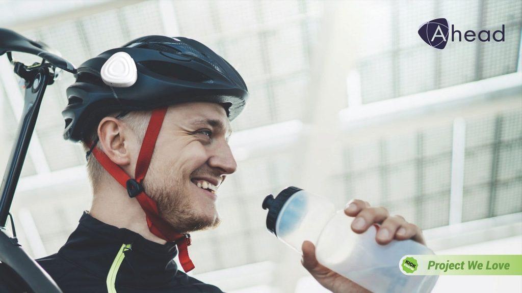 バイクや自転車に最適!装着するだけでスマートヘルメットに変身する超便利デバイス