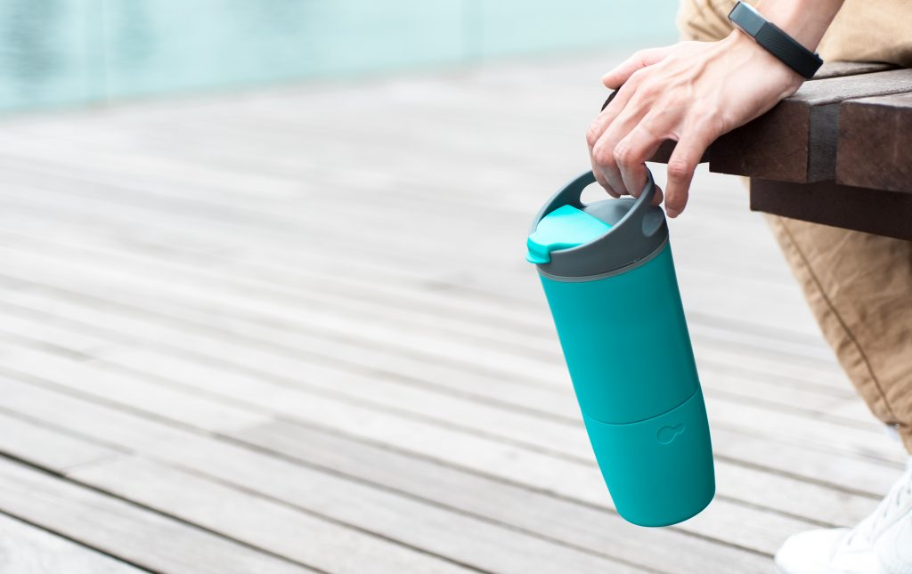 スマートボトルでカフェインの摂取量を管理。コーヒーの飲みすぎを防ごう