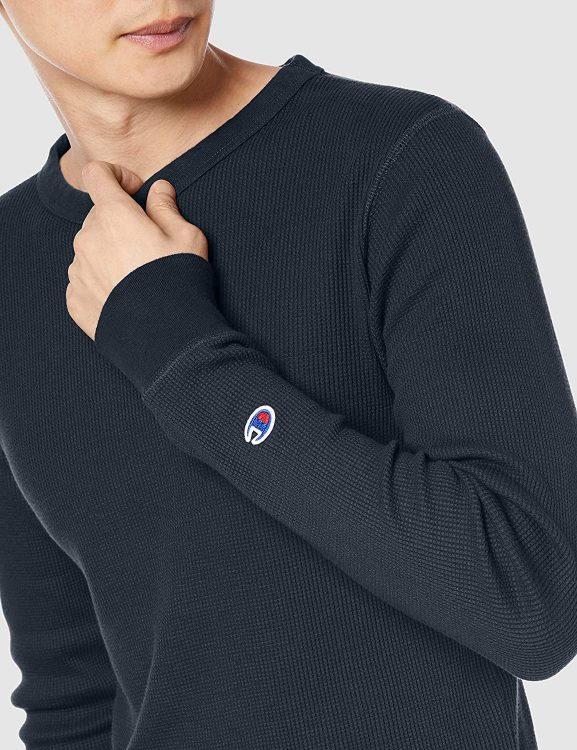 ロングTシャツのおすすめブランド16選。人気アイテムとコーデもご紹介
