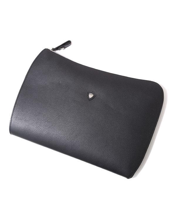結婚式におすすめのバッグブランド8選。品格が感じられる便利なアイテムをご紹介