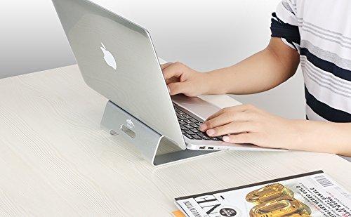 Macbook用冷却スタンド6選。おしゃれに冷やすアイテムが盛りだくさん