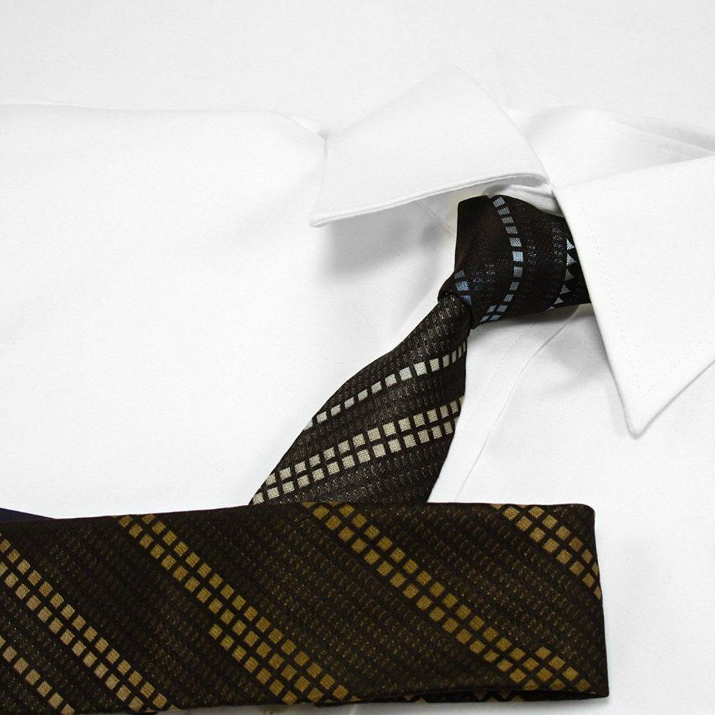 カジュアルな服装に合わせるネクタイおすすめ7選。参考となるアイテムをご紹介
