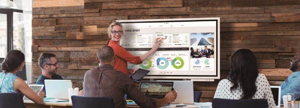 情報をスッキリ共有できるデジタルホワイトボード。ごちゃごちゃ会議資料とサヨナラ