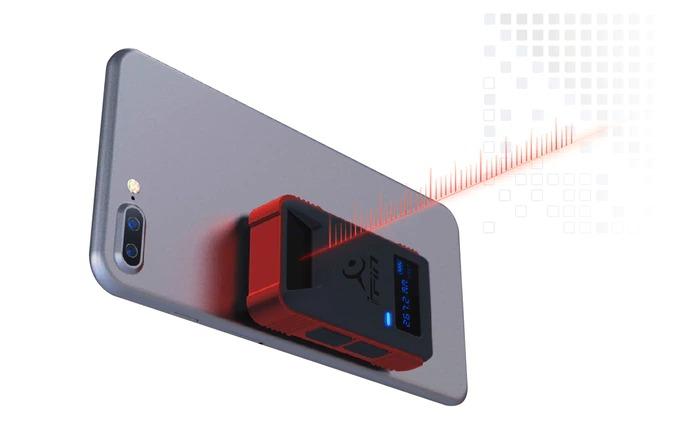 スマホで部屋の空間を測定するレーザーメジャー「iPin Pro」