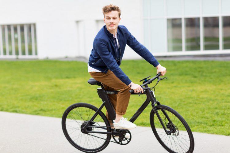 スタイリッシュすぎる電動自転車「Cowboy」。連携アプリも強力
