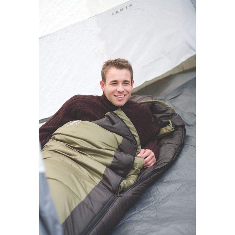 コールマンのおすすめ寝袋15選。快適なアウトドアライフを