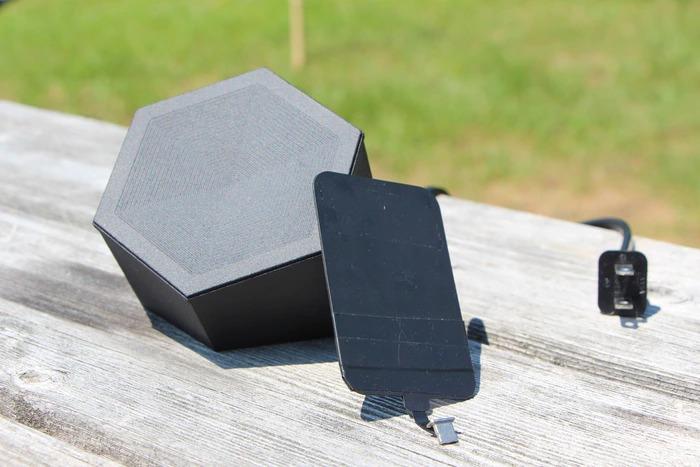 遠くのスマホをワイヤレス充電!次世代の充電器「NIC Charger」