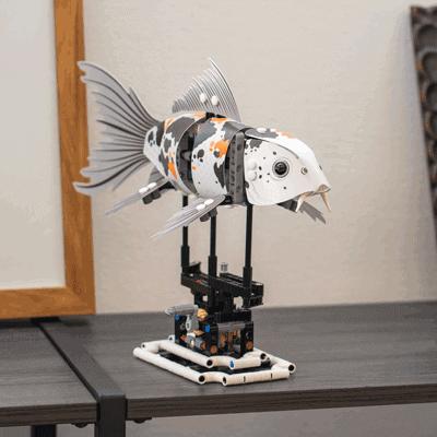 滑らかに動く魚の模型を作ろう!大人の創造性を刺激する玩具「LEGO FORMA」