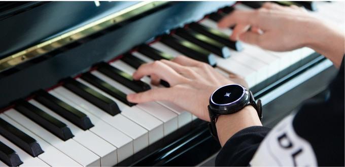 ミュージシャンの味方。4つの機能が搭載された音楽デバイス「Soundbrenner Core」