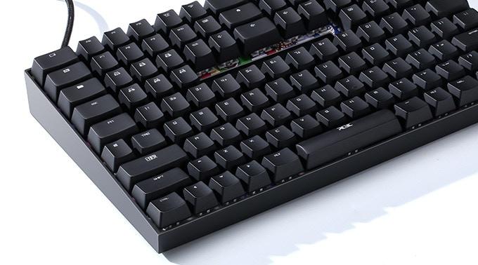 独自のキー配列で効率的!使いやすさを追求したキーボード「TYPI」