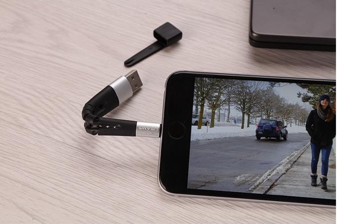 スマホスタンドとしても使える!4in1のiPhone用充電ケーブル「USAMS」