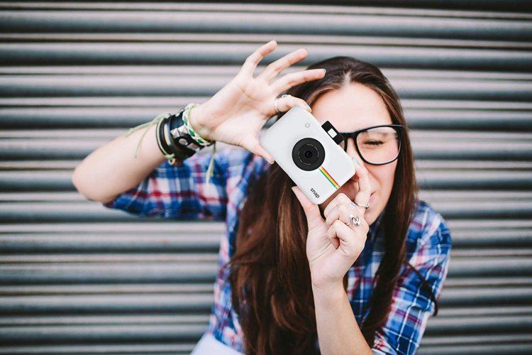 ポラロイドカメラのイメージ