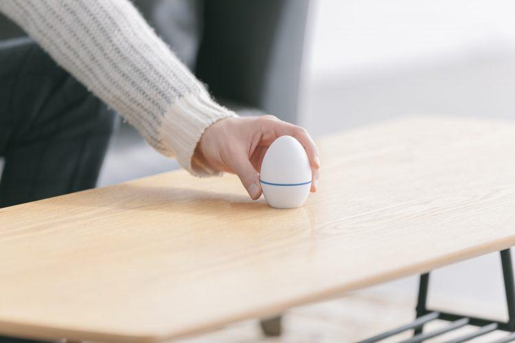 リモコンなしで家電を操作!スマホ連動リモコン「エッグ」で一歩先の生活を