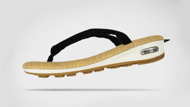 雪駄×スニーカー!伝統と現代技術が融合した履き物「unda」