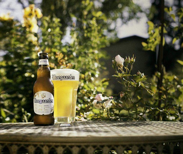 白ビールのおすすめ15選。フルーティーで飲みやすい銘柄をピックアップ