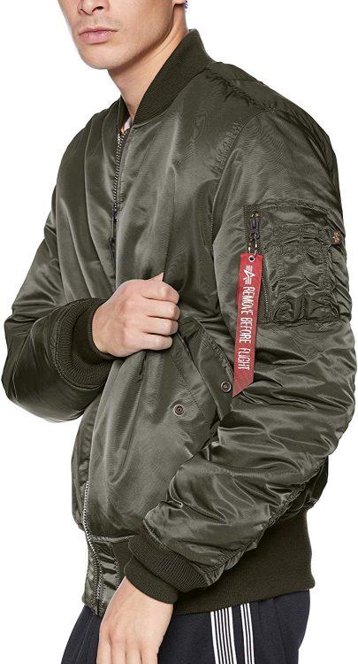 ミリタリージャケットのイメージ