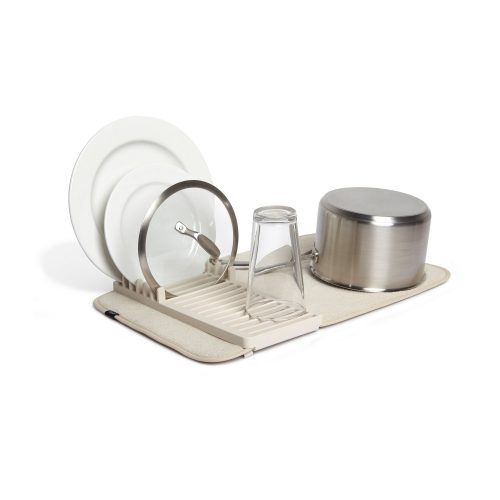 水切りマットのおすすめ17選。吸水性や速乾性に優れたアイテムをご紹介