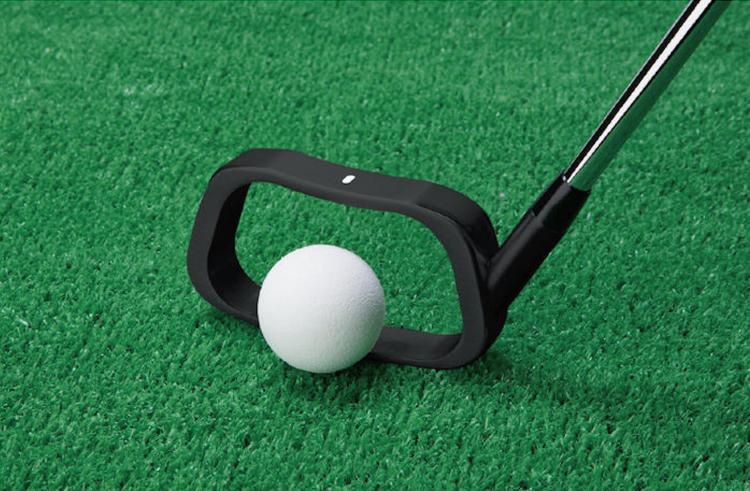 レッスンプロも推薦!スイング改善が期待できるゴルフ練習器具をご紹介
